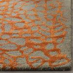 Safavieh Gray Wool Rug - 3