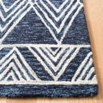 Essence Blue Wool Rug 5' Round - 3