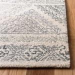 Safavieh Essence Ivory Wool Rug 3' x 5' - 2