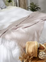 Dusty Lilac & White Waffle Knit Throw - 4