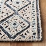 Safavieh Vail White & Blue Wool Rug - 3