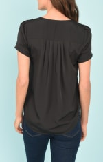 DR2 Casual Short Sleeve V-Neck Top - 2