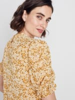 Roz & Ali Puff Sleeve Floral Blouse - 8