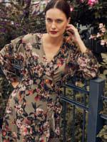 Gigi Parker Long Sleeves Wrap Dress With Ruffles - 6