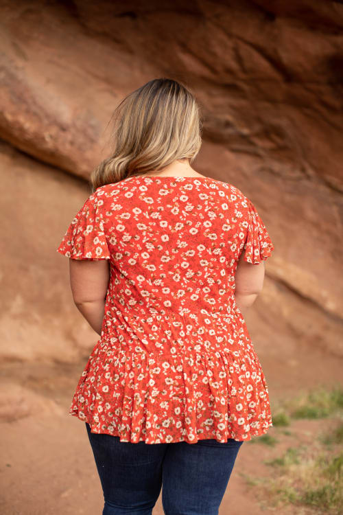 Roz & Ali Floral Tiered Knit Top - Plus - Back