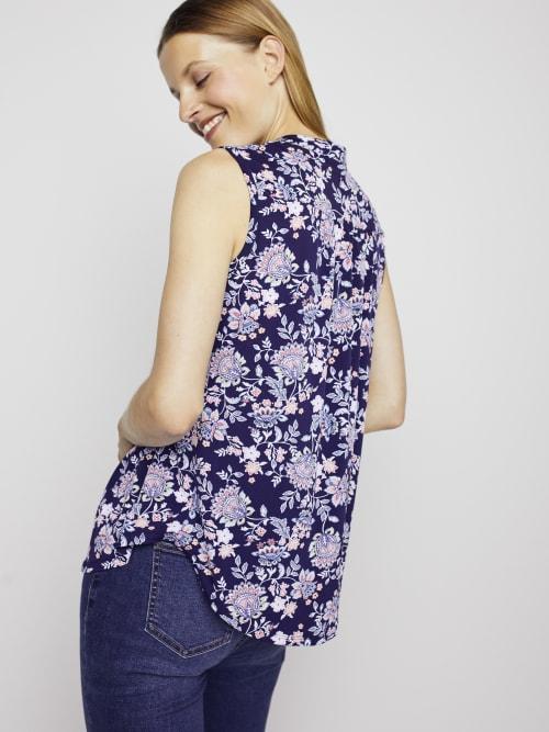 Roz & Ali Sleeveless Jacobean Floral Popover - Back