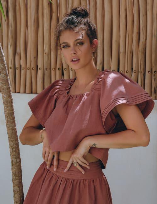 Estelle Linen Top - Plus - Back