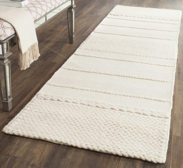 Safavieh Natural Wool Rug