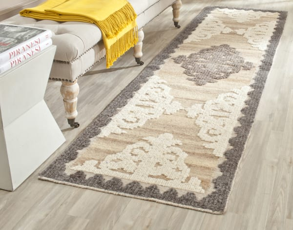 Safavieh Brown Wool Rug