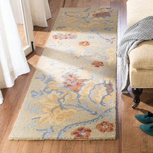Safavieh Tan Wool Rug