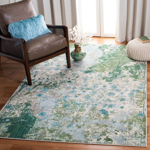 Safavieh Green 100% Polypropylene Friese Rug