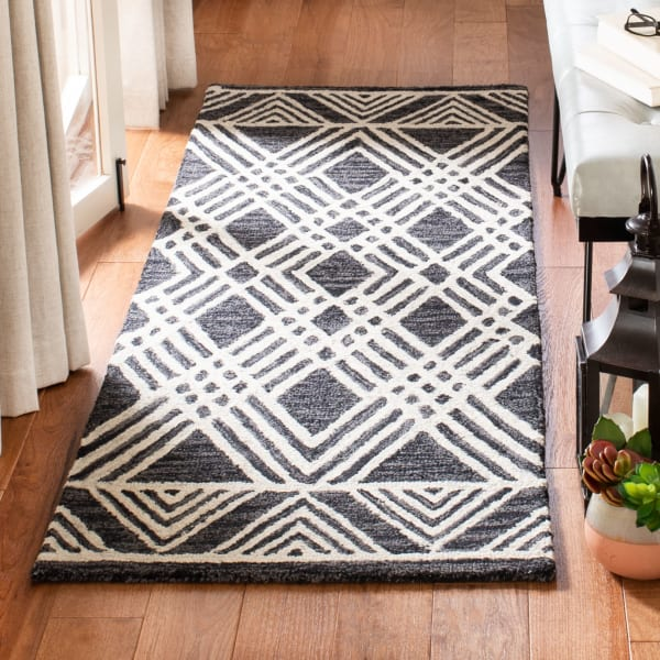 "Essence Black Wool Rug 2'25"" x 7'"