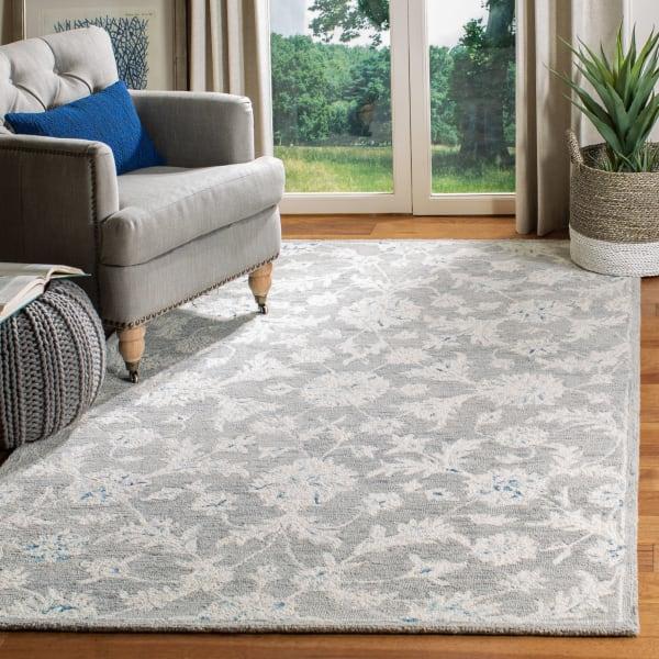 Essence Gray Wool Rug 5' x 8'
