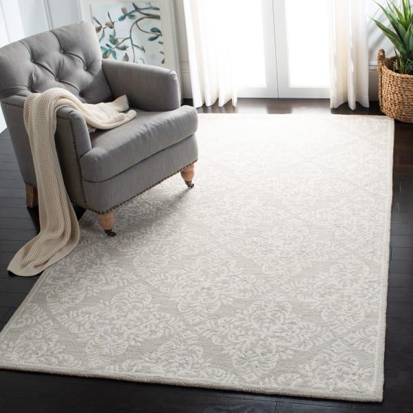 Safavieh Silver Wool Rug 4' x 6'