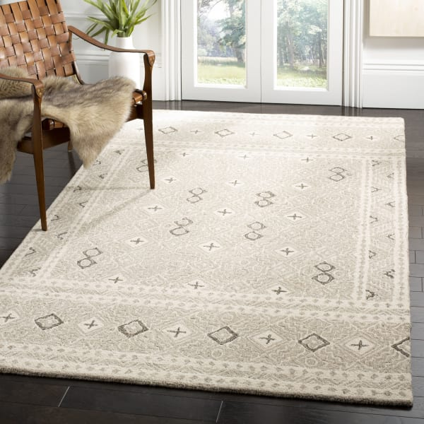 Essence Gray Wool Rug 5' x 8'