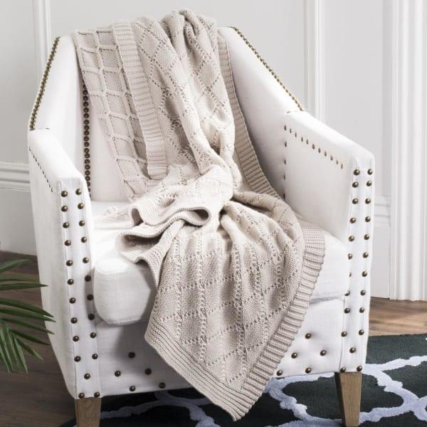 Petal Knit Throw