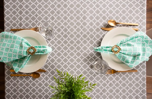 Gray Lattice Tablecloth 60x104