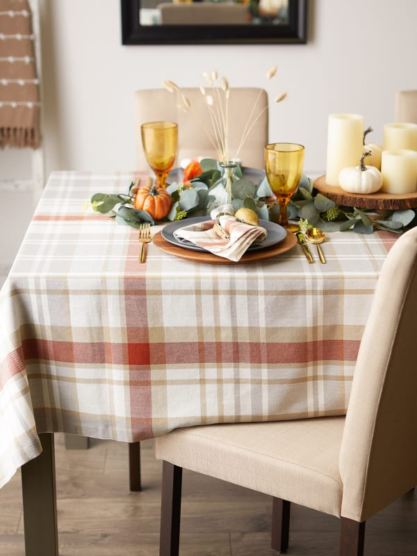 """Thanksgiving Cozy Picnic, Plaid Tablecloth 60x84"""""""