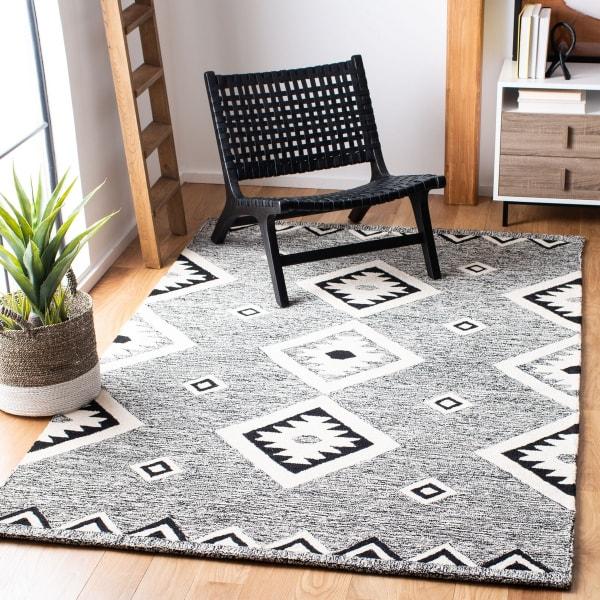 Vail Black & Ivory Wool Rug