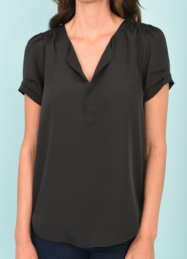 DR2 Casual Short Sleeve V-Neck Top
