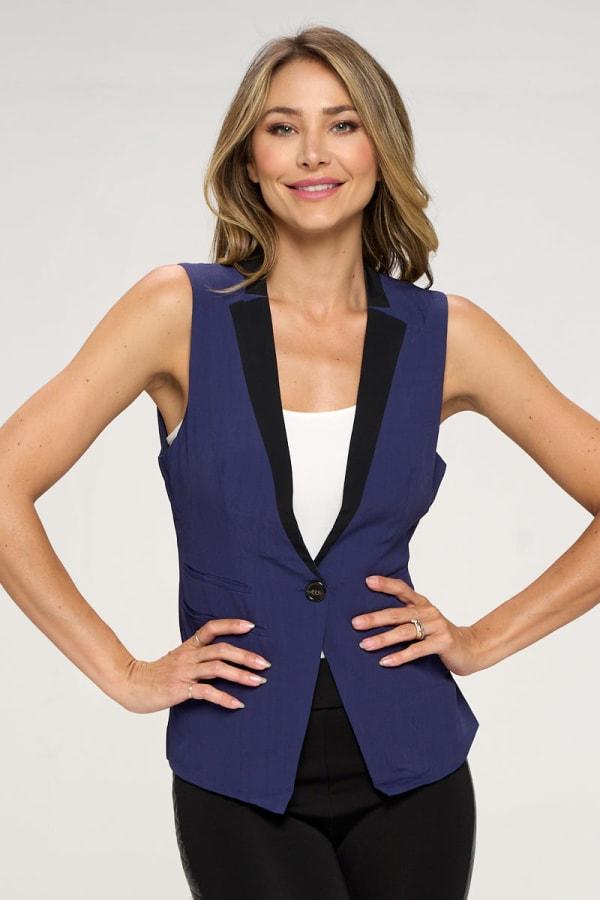 KAII Women Color Blocked Crepe Fashion Vest