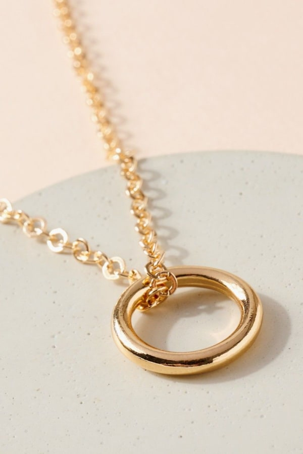 Metal Ring Charm Chain Linked Necklace