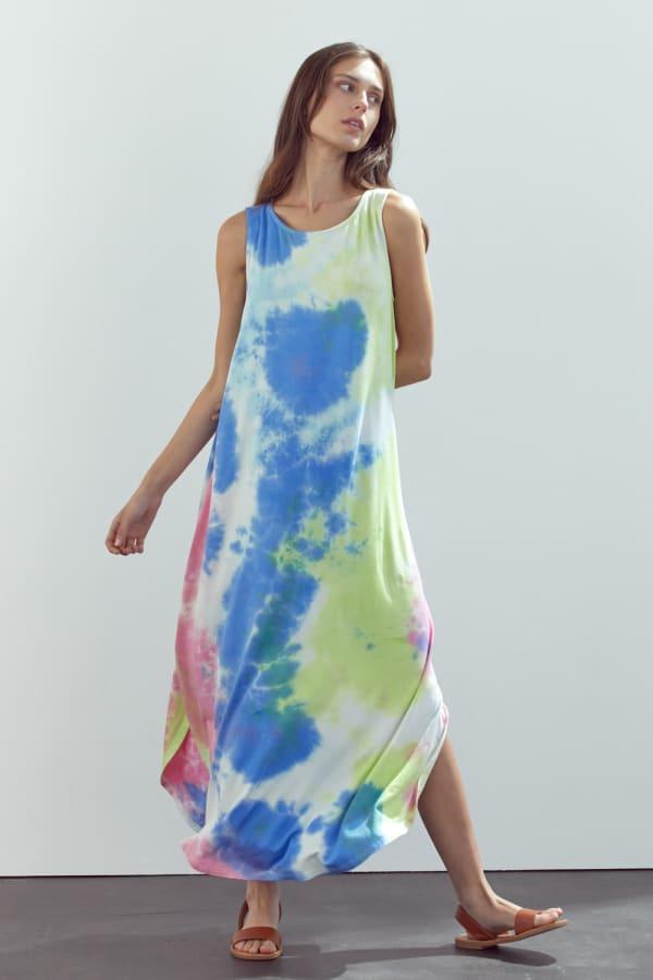 KAII Sleeveless Crew Neck In Tie Dye Maxi Dress