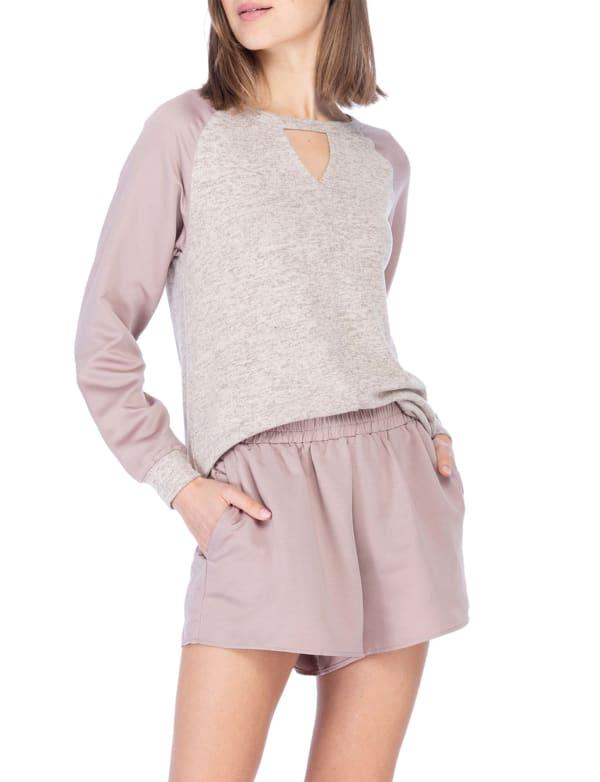 V-Neck Cut Out Raglan Pullover