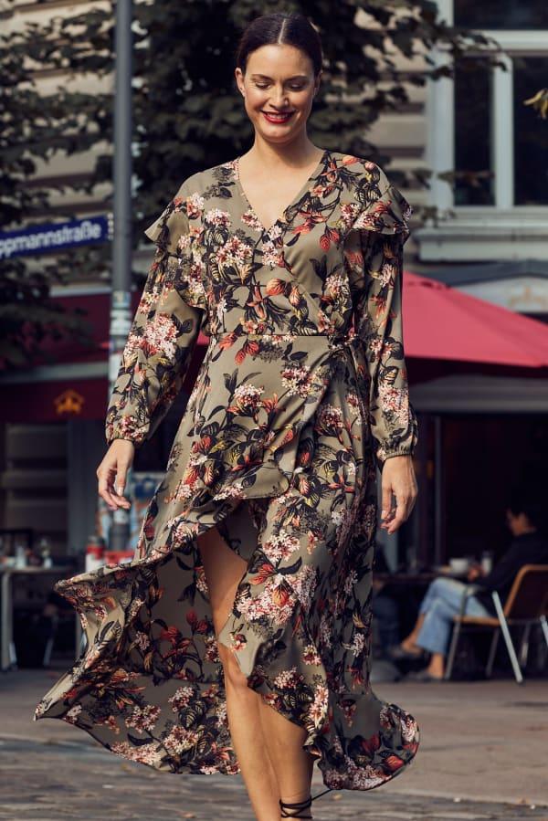 Gigi Parker Long Sleeves Wrap Dress With Ruffles