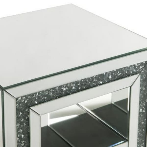 Mirror Framing and Faux Diamonds Silver End Table