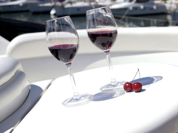 Clear Non-Slip  Set of 6 Wine Glasses