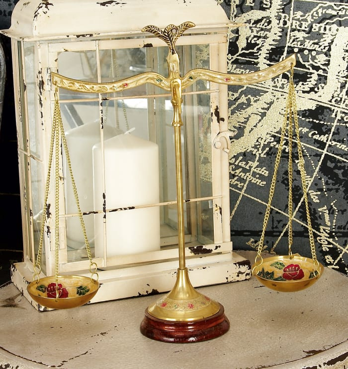 Gold Brass Traditional Scale