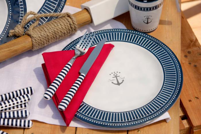 Sailor Soul 24-Piece Flatware Set