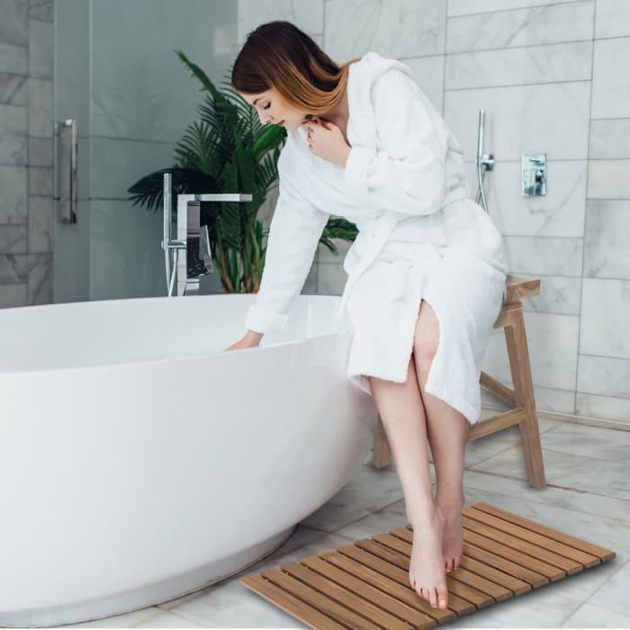 Solid Teak Roll-Up Shower Mat