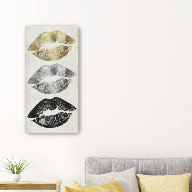 Hollywood Kisses Canvas Giclee