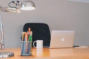 Schreibtischlampe pink