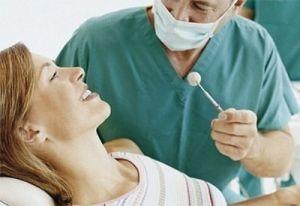 Можно ли рвать зубы во время месячных
