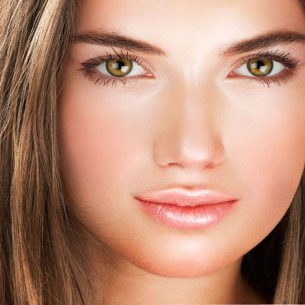 Большие зеленые глаза цвет волос