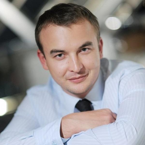Муж Нюши - Игорь Сивов: биография. У кого увела мужа певица