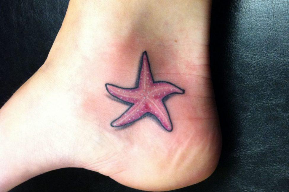Татуировка в виде морской звездочки
