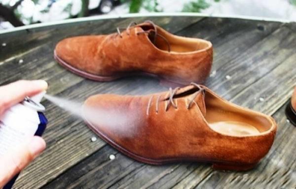 Чем покрасить замшевые кроссовки