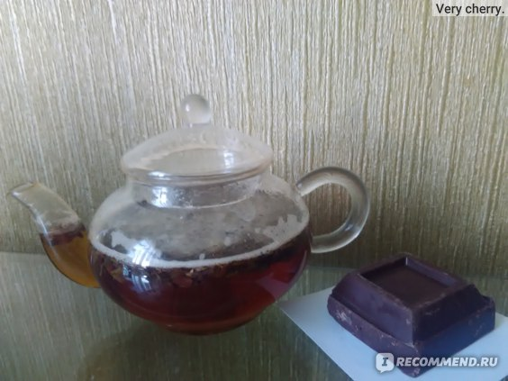Черный листовой чай с темным шоколадом