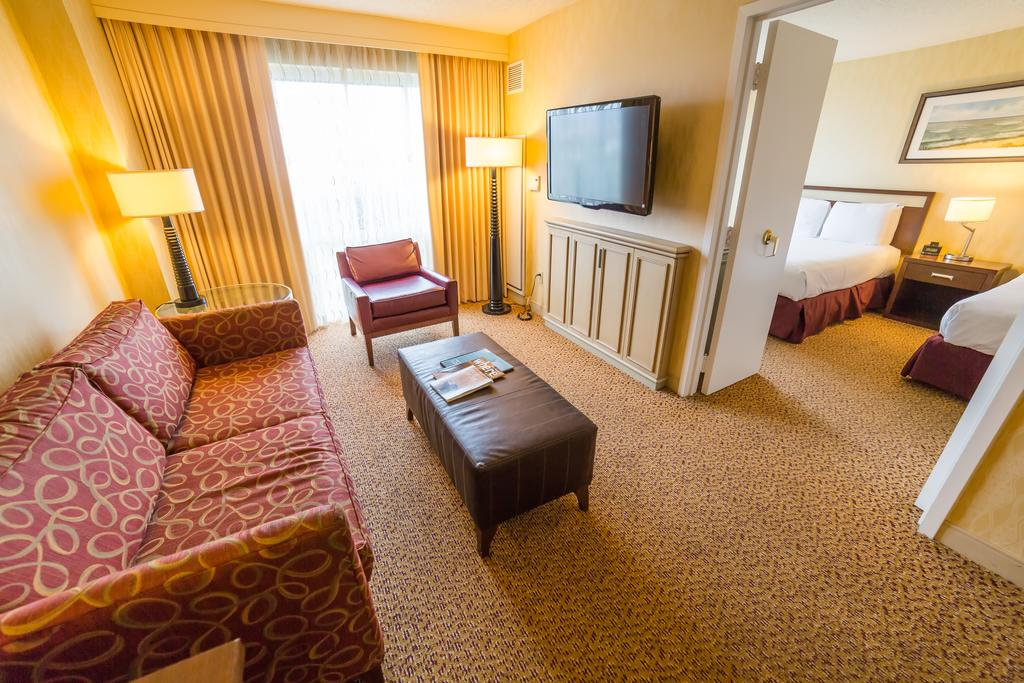 Double tree guest suites santa monica ca