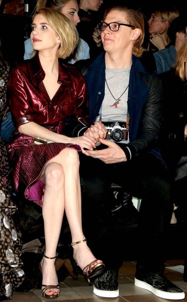 http://res.cloudinary.com/dcrl6gxf3/image/upload/v1581761565/rs_634x1024-140227150911-634.Emma-Roberts-Evan-Peters-Hold-Hands-Front-Row.jl.022714.jpg
