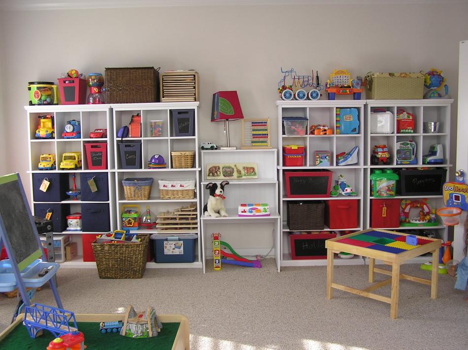 Рациональное расположение игрушек в детской комнате