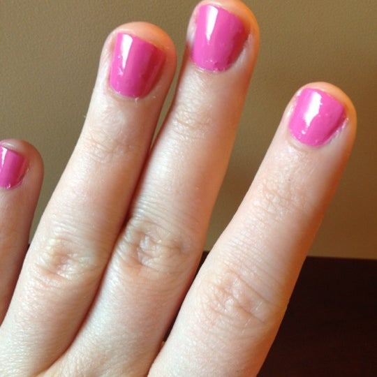 Blooming nails newtown square hours