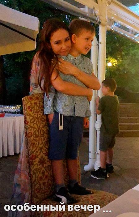 Ляйсан с сыном Робертом