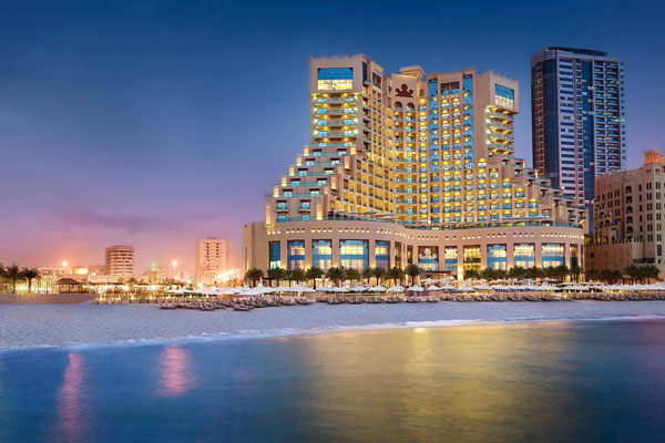 Фото панорама отеля Fairmont Ajman 5*, ОАЭ