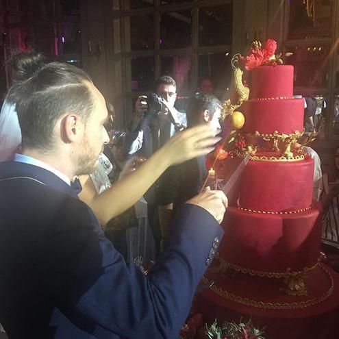 Елена Ваенга опубликовала фото со свадьбы