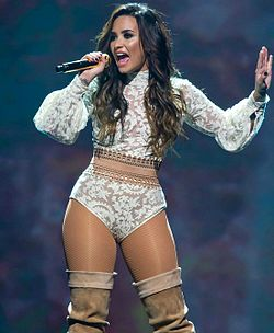 Images of demi lovato